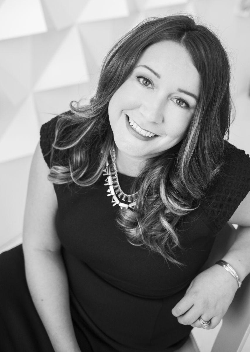 Kristy Lamoureux - Minnesota Realtor (Coldwell Banker Burnet)
