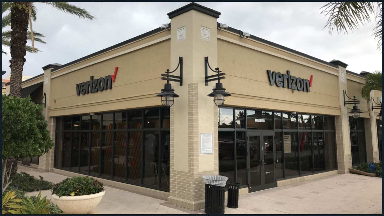 image of Verizon Wireless Aventura, Fl - build out by TCG