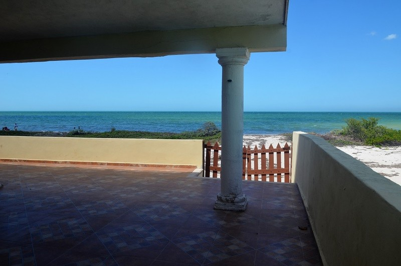 Yucatan Beach Real Estate    Beachlife-Make it Yours!